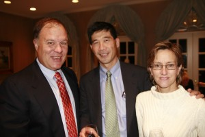 William Leisman, Dr. Kenneth K. Tanabe, Dr. Michelle Gadd at the 2009 ESSCO-MGH Beneift
